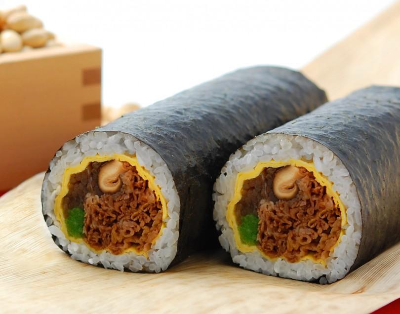 まるかぶり太巻き寿司