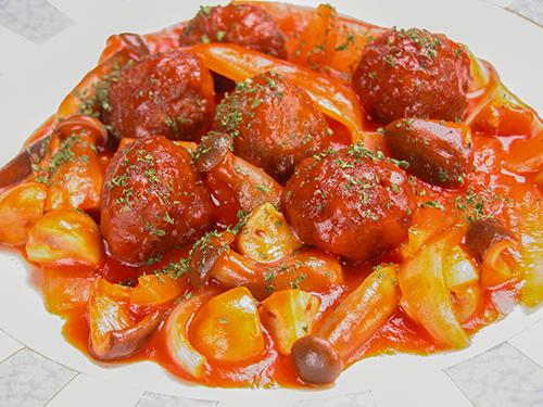ミートボールとキノコのトマト煮
