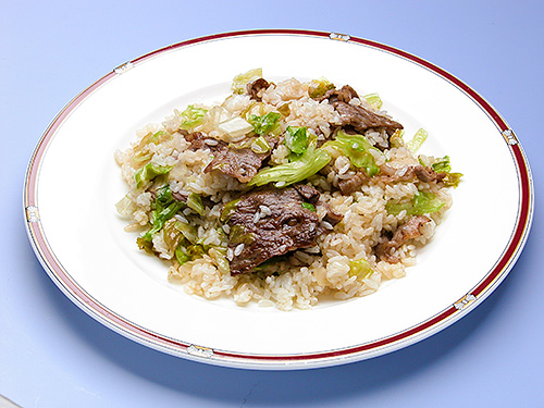 レタスと牛肉の炒飯